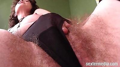Horny Milf MasturbatingHD