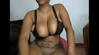 Shanie love squirt pussy