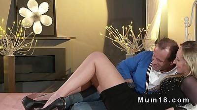 Blonde mature lady bangs in..