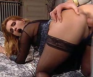 Eva Falk..