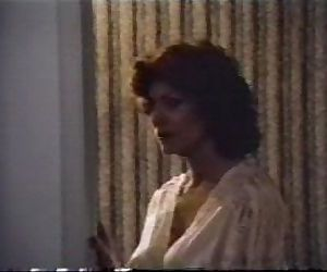 Mature Woman in Hotel70s Porn