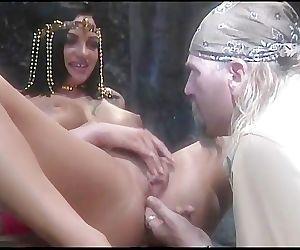V8 02 - Scene 4