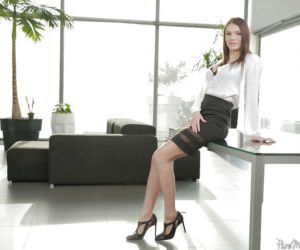 Mature secretary Kitana Lure modeling for babe photo shoot..