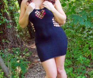Curvy sexy girl slips out of her tight dress to show her..