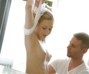 Gorgeous blonde pornstar Alice Marshall having her pussy..