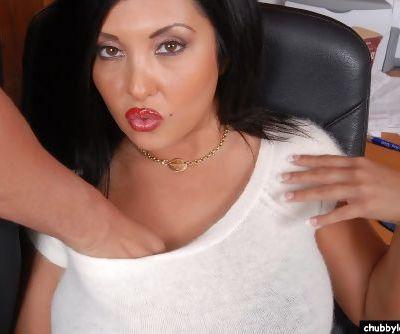 Mature plumper Jaylene eating jizz after taking cumshot on big tits